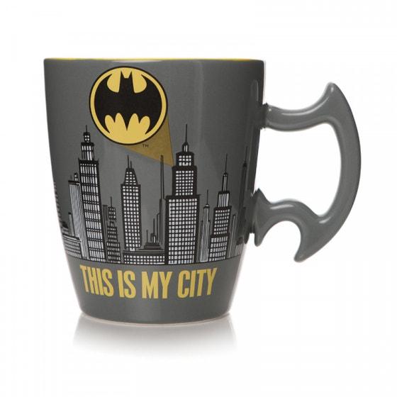 City Scene Embossed Mug