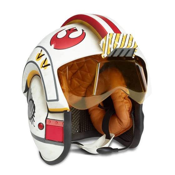 Luke Skywalker Black Series Electronic Battle Simulator Helmet