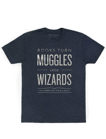 Books Turn Muggles Into Wizards T-Shirt (M)