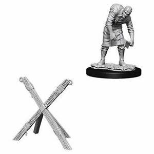 Assistant and Torture Cross W6